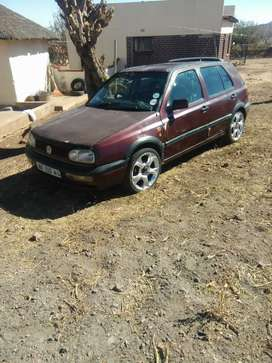 1998 golf 3 with low profile mags and leather seats.