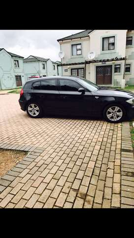 1series black and manual, year 2007,uses petrol