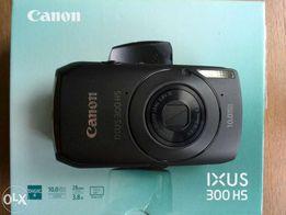 Canon IXUS 300 HS, черного цвета.