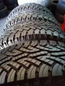 4 × 235/85/16 continental tyres for sale