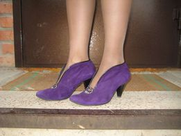 Продам туфли замшевые фиолетовые в хорошем состоянии