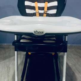Bounce Baby Chair with feeding table