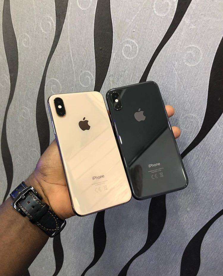 Iphone XS 64gb 0