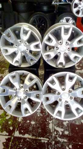 """18""""FORD RANGER WILDTRACK ORIGINAL MAGS X4"""