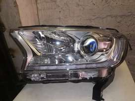 Ford Everest headlight left side xenon complete very clean