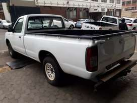 Nissan Hardbody NP300 R85,000  negotiable