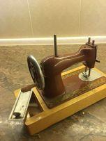 Советская швейная машинка