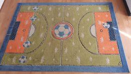 sprzedam dywan dziecięcy wzór boisko 160x220