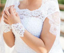 Свадебное платье + перчатки + круги новые+чехол