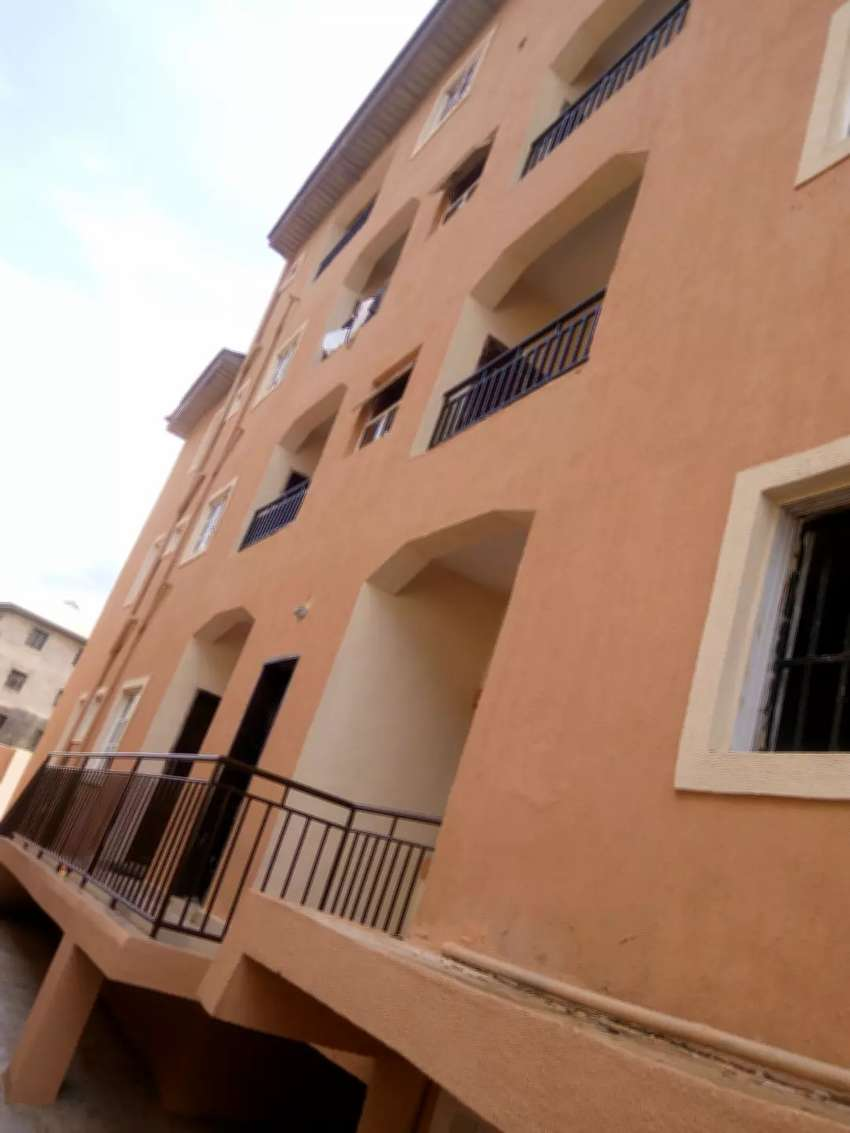 2 bedroom flat at monarch 0