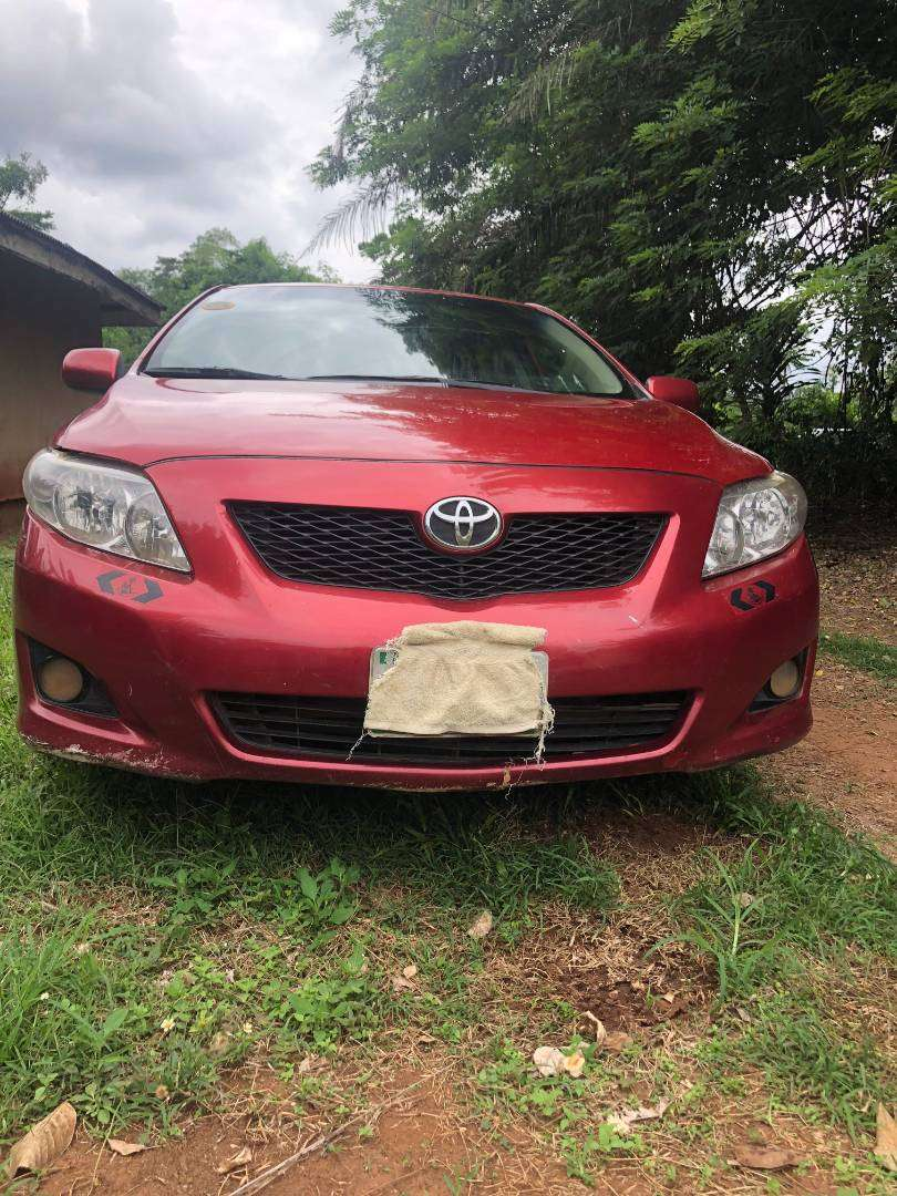 NEATLY USED TOYOTA COROLLA FOR SALE 0