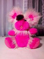 Розовая мягкая игрушка мышь