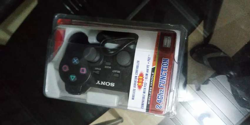 Sony wireless gamepad 0