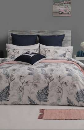 Pierre Cardin bedding, blankets, comforters and bath mats