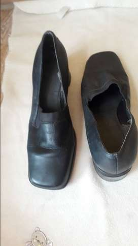 Second hand Andreoli shoes -Size 8
