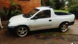 I am selling my corsa bakkie it's a well taken care of