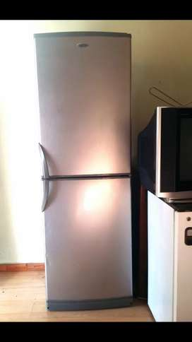Fridge defy Sliver for sale R1750Neg