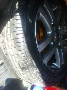 Car tires with 4rims