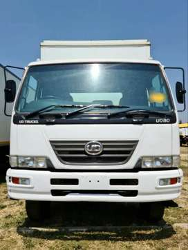 [URGENT DEAL] 2012 NISSSAN UD80 VOLUME WITH A TAIL LIFT FOR SALE