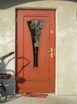 Drzwi TULIPAN B17 przeszklone - drewniane - ocieplane