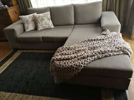 Corner Couch very good condition