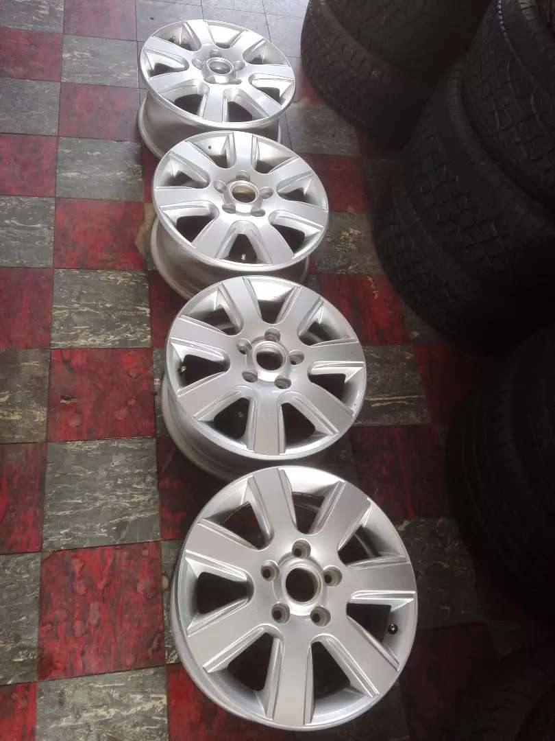 "16"" Amarok mag wheels only for r5500 0"