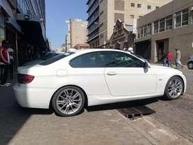 BMW 325i 2008 model for sell
