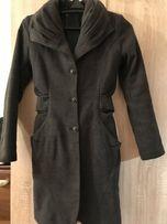 Очень красивое демисезонное пальто