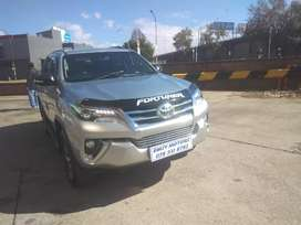 TOYOTA FORTUNER 2018 MODEL 2.8GD6 AUTOMATIC WITH REVERSE CAMERA