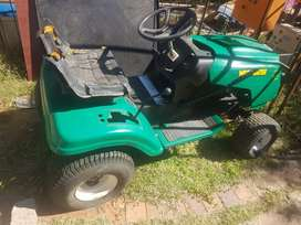 Ride on Lawnmower. Weed eater. For parts. Engine &