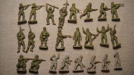 Żołnierzyki miniaturki PRL 62