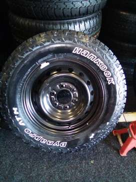 """17""""steel rims with tyres on for spare wheel for Ford and Toyota hillix"""