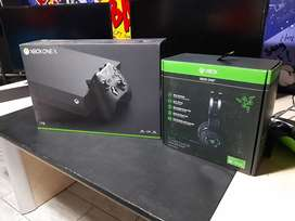 Xbox on X with Accesories