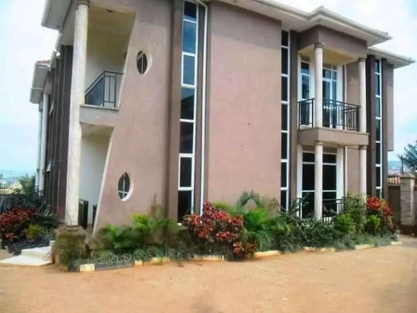 First class duplex apartment for rent in Bugolobi at 1.8M 0