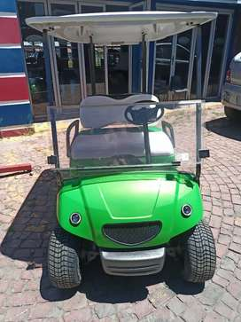 2 seater Yamaha golf cart