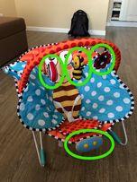 """Музыкальный и вибро модуль от кресла-качалки Bambi """"бабочка""""."""