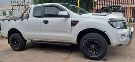 Ford Ranger 3.3 Extra Cab Bakkie Available Now