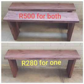 I'm selling 2 benches