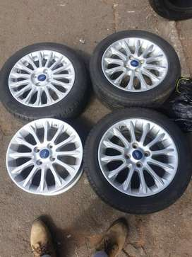 Original 16 inch  set of Ford fiesta & Kuga mags with tyres for sell