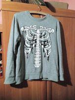 Szara bluza z motywem szkieleta pastel goth/grunge