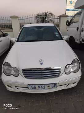 Mercedes Benz C200 Automatic