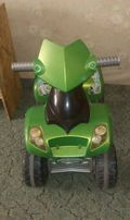 Электромобиль (квадрацикл)