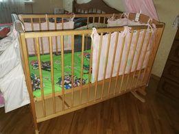 Детская кроватка-люлька с ящиком на пружине с защитой и балдахином