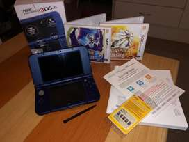 Nintendo 3DS XL - Metallic Blue, Plus Games and Charger 64Gb