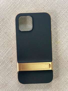 Gold and black cover for iphones