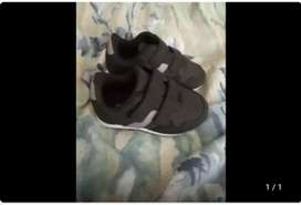 Ackerman takkies for boys 1 years old