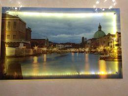 Скляні картини з кріпленнями і світлодіодною лєнтою в комплекті