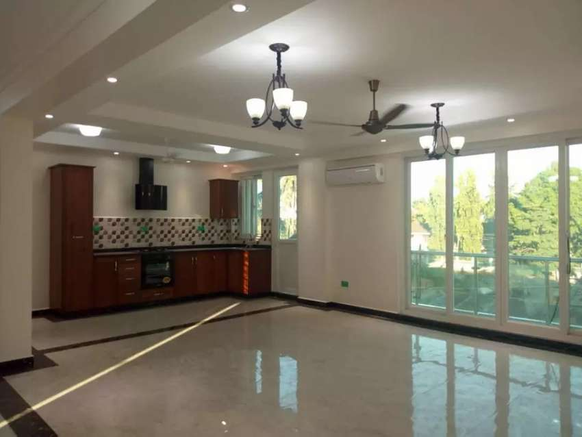 3bdrm brand new Apartment to let in kinondoni block 41 with 0