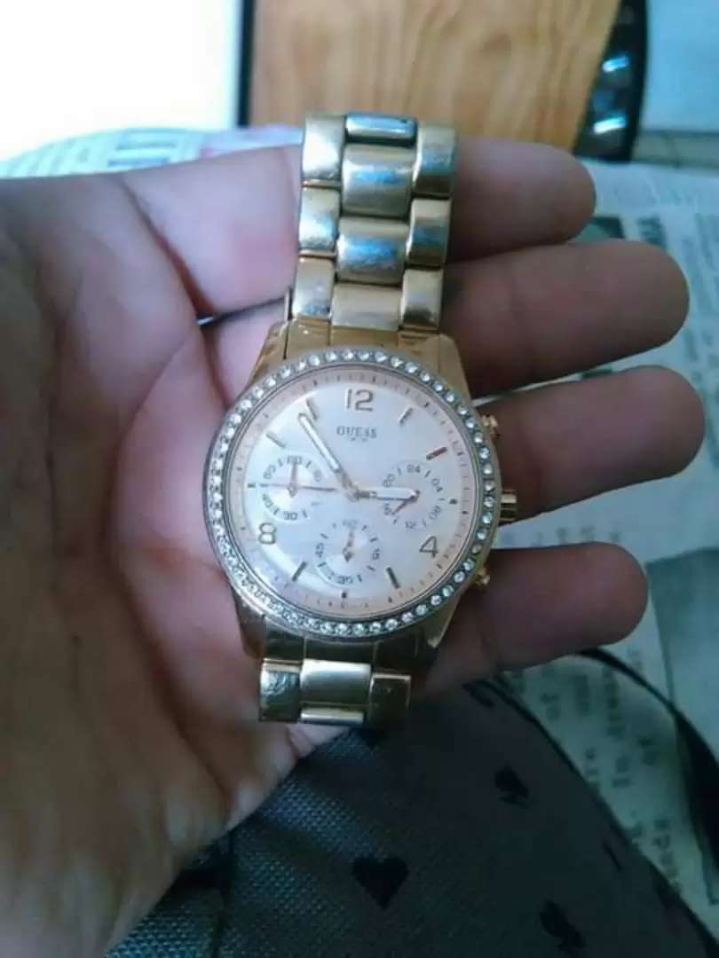 Ladies guess watch R500 0