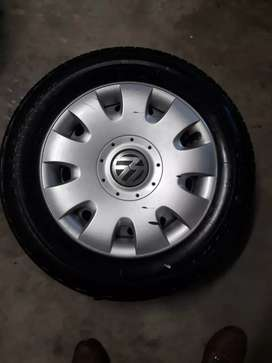 Vw caddy rim and tyres 195/65/15